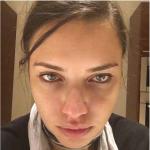 Il selfie dopo dieci ore di lavoro della modella brasiliana. (Foto Instagram)