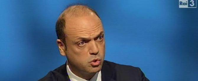 """Alfano in ginocchio dai cattolici di Pd e M5S: """"Bloccate voi le unioni civili"""""""