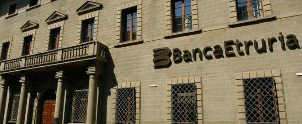 Banca Etruria, chiesti primi rinvii a giudizio. Toccherà pure a papà Boschi?