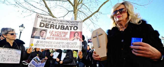Banca Etruria, funerale al risparmio italiano. Le vittime sotto casa di Renzi