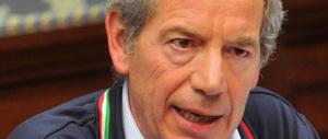 Bertolaso candidato a Roma: centrodestra unito, ma c'è chi dice no