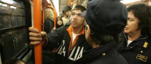 Metro di Roma: anziana sfigurata col cellulare da una rom di 9 anni, già libera…