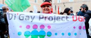 """Adozioni gay, sortita del Consiglio d'Europa. Rampelli: """"Da che pulpito!"""""""