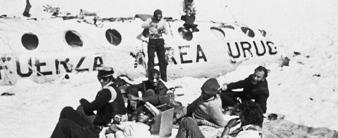 «Così diventai cannibale»: il racconto choc del sopravvissuto a un distrastro aereo