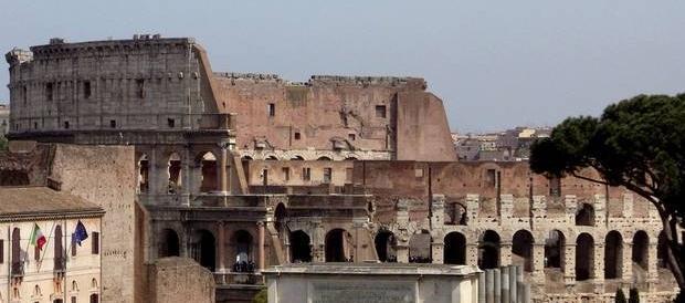 Vergogna affittopoli a Roma: un euro al mese per un alloggio al Colosseo