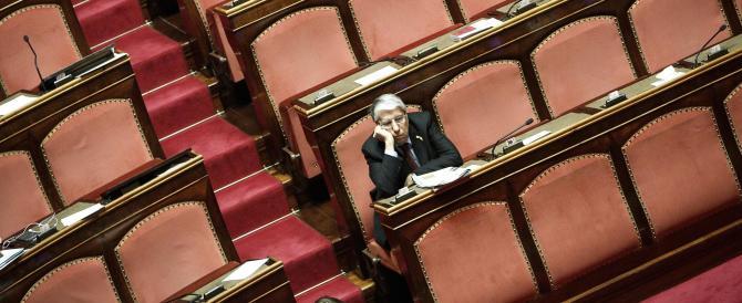 Grasso come don Abbondio? 40 senatori si ribellano al loro presidente