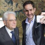 Il presidente Sergio Mattarella con Kevin York Systrom, fondatore e amministratore delegato di Instagram. (Foto Instagram)