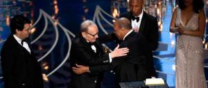 Oscar, l'Italia vince con Morricone. E si riscatta dalle figuracce di Renzi