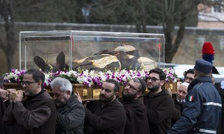 Ecco perché laici, progressisti e atei non sopportano Padre Pio