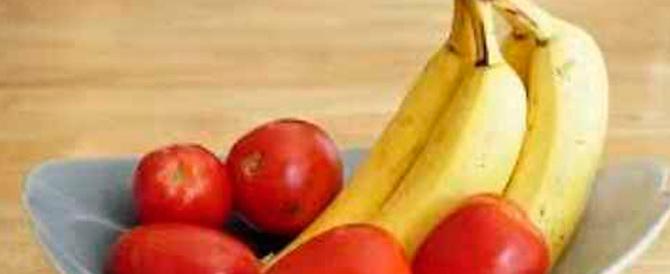 Dalle banane ai pomodori: ecco i cibi che non bisogna mai mettere in frigo