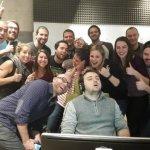 Ecco lo scatto originale: Il Duca si addormenta alla scrivania e i colleghi non si lasciano sfuggire l'occasione... (Foto Facebook)