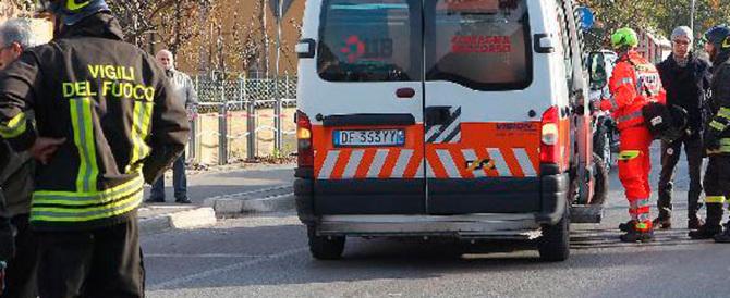 Esplode la rabbia contro il romeno della minicar: «Marcisci in galera»