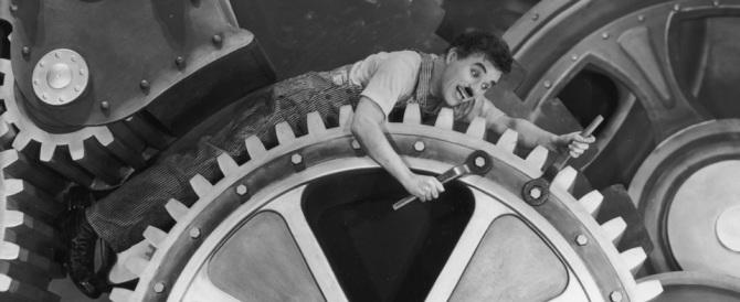 """Tempi moderni"": così Charlie Chaplin raccontò quanto era orribile l'America"