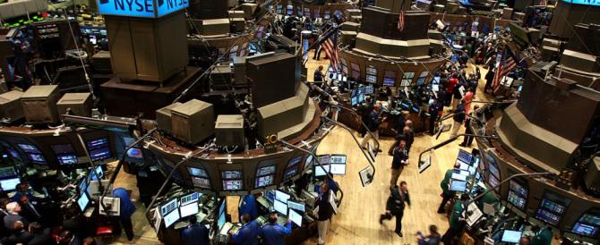 La Fed alza i tassi e mette a nudo la debolezza del sistema finanziario