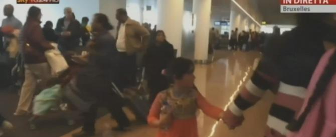Terrore a Bruxelles, esplosioni in aeroporto e in due stazioni della metro