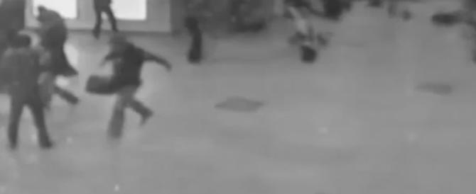 Bruxelles sotto attacco: foto e video delle esplosioni