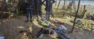 Terrore in Costa d'Avorio: «Davano la caccia ai bianchi» (VIDEO)
