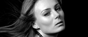 """Si suicida perché si sente """"vecchia"""": assurda fine di una modella 31enne"""