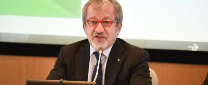 Legge anti-moschee, Maroni: «Renzi deve arrendersi, l'ho battuto 6 a 2»