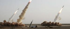 L'Iran mostra i muscoli e lancia decine di missili: «Possiamo sbaragliare chiunque»