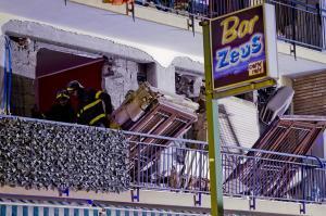 Esplosione nel Napoletano, ferito anche vigile del fuoco