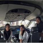 Le tre donne pilota, col velo,hanno condotto un Boeing dal Brunei fino in Arabia Saudita. (Foto Instagram)