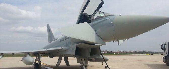 Il mistero dei caccia sauditi che atterrano nell'aeroporto di Bologna