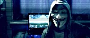 """Anonymous a processo: ecco chi sono i """"pirati"""" italiani rinviati a giudizio"""