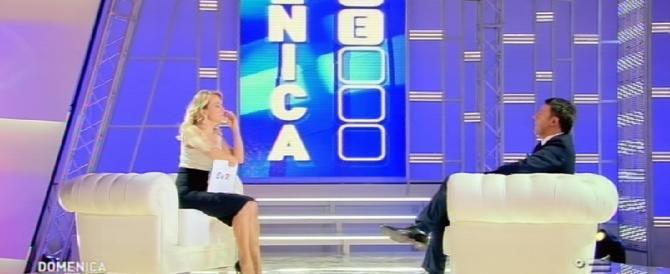 Intervista tappetino di Barbara D'Urso a Renzi. Una domenica (live) bestiale