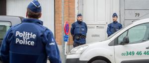 Belgio, coi terroristi non è finita: la polizia cerca centinaia di persone