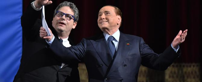 Berlusconi: internet e social media per ritornare primi: «Renzi è un abusivo»
