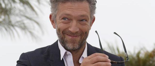 """L'attore Vincent Cassel contro i doppiatori italiani: """"Sono una mafia"""""""