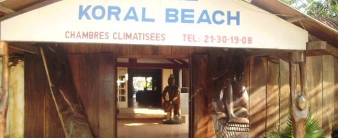 """Costa d'Avorio: strage di europei in spiaggia, al grido di """"Allah è grande"""""""