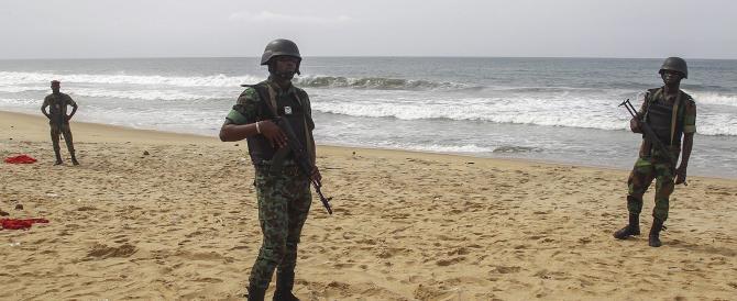 «Sparavano a donne e bambini». Il racconto dei superstiti italiani in Costa d'Avorio