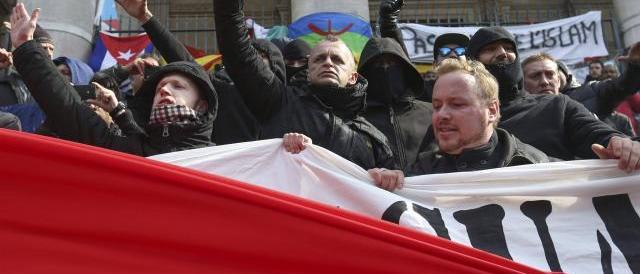 Anti-islamismo: l'estrema destra europea si dà appuntamento a Bruxelles