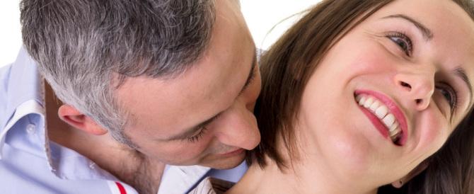 Pheromone Party: l'ultima moda è scegliere il partner dall'odore