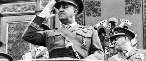 Spagna, Zapatero colpisce ancora: contro la memoria l'ultima infamia