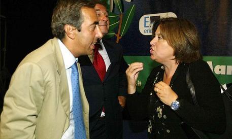 Gasparri contro Annunziata: è faziosa, che aspetta la Rai a intervenire?