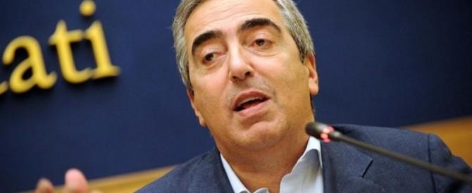Utero in affitto, Gasparri: «Le toghe vogliono sostituirsi al Parlamento»