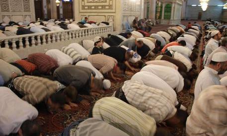 Liguria, i musulmani cacciano l'imam: «Ha una mentalità troppo occidentale»