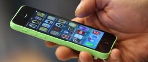 """La Fbi spiazza Apple: """"Abbiamo trovato il modo di sbloccare gli iphone"""""""