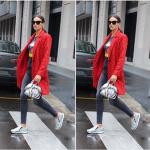 La modella alla Milano Fashion Week.  (Foto Instagram)