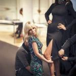 Con Donatella Versace, che la veste.  (Foto Instagram)