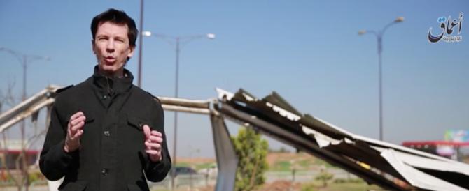 """Video del reporter inglese Cantlie, ostaggio dell'Isis: """"I raid Usa? Ridicoli"""""""