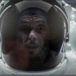 Jovanotti ha sempre scherzato coi suoi look. Eccolo nella tuta spaziale. (Foto video)