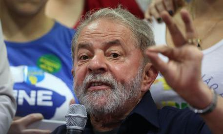 Un ministero a Lula per garantirgli l'immunità e salvarlo dall'arresto