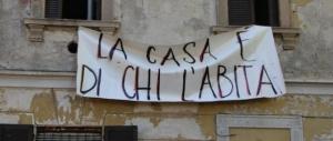 Napoli, gli occupanti abusivi rubano le case anche ai disabili