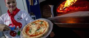 """Patrimonio dell'Unesco, l'Italia candida """"in esclusiva"""" la mitica pizza"""