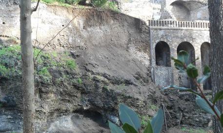 Pioggia e allagamenti, l'Italia frana: oltre 34mila monumenti a rischio