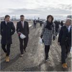 Il premier in visita ad una centrale realizzata dall'Enel. (Foto Instagram)